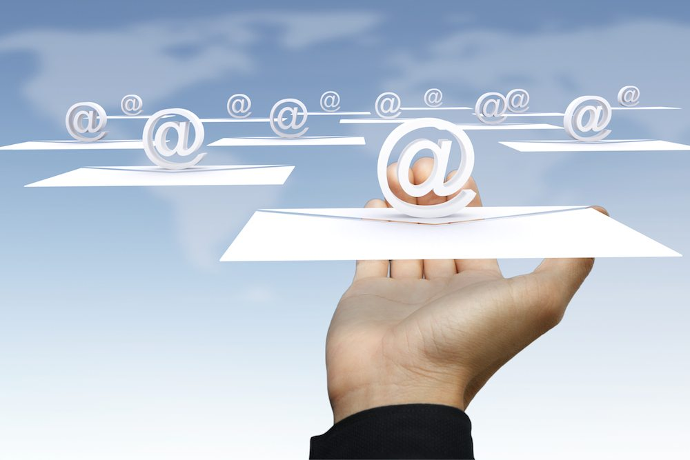 hand holding email - Email Warnings